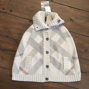 Authentic Burberry Wool/Cashmere Check Print Cape